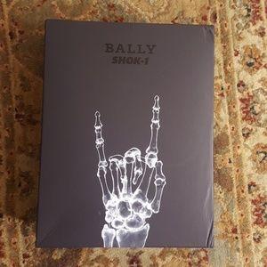BALLY SHOE STORAGE